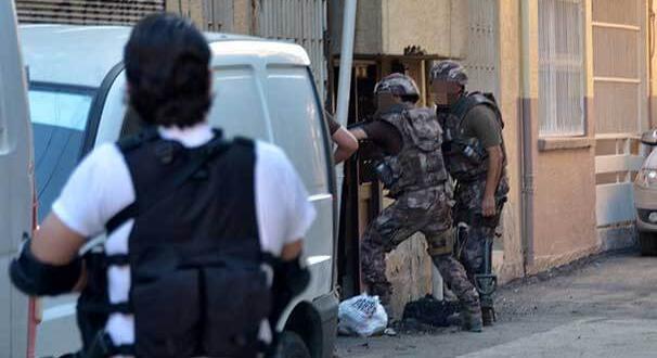 Adana'da hücre evine canlı bomba operasyonu!