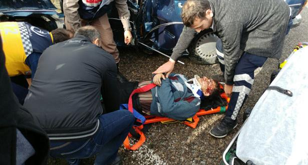 Zonguldak / Çaycumada Havaalanı yolunda korkunç kaza..