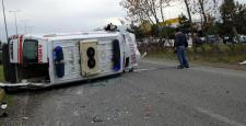 Zonguldak'ta Ambulans Otomobille Çarpıştı: 5 Yaralı
