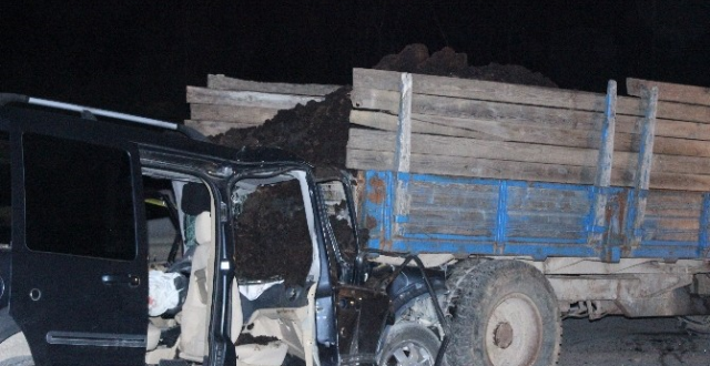 Düzce'de Feci Kaza: 1 Kişi Öldü, 2 Kişi Yaralandı
